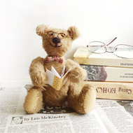 https://cherepkov.com/pictures/2011-08-21-Teddy-Bear-Dad-Reading-a-Book-in-Glasses-6-inch-Jointed.jpg